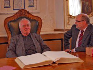 Martin Walser: Eintrag ins Goldene Buch der Stadt Bamberg