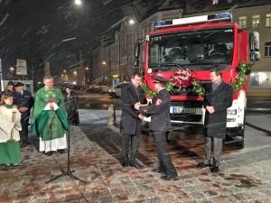 Bürgermeister Christian Lange Stadtbrandrat Matthias Moyano Katastrophenschutzfahrzeug Schlauchwagen