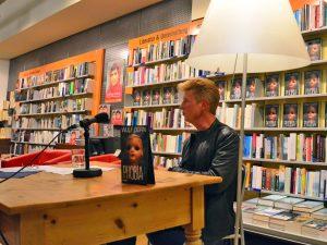 """Wulf Dorn präsentiert seinen neuen Roman """"Phobia"""""""
