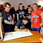 Brose Baskets: Eintrag ins Goldene Buch der Stadt Bamberg