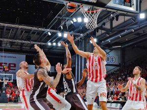 Turkish Airlines Euroleague - 7. Spieltag: Brose Bamberg vs. Roter Stern Belgrad