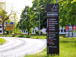 Neue Begrüßungsschilder der Bamberger Partnerstädte
