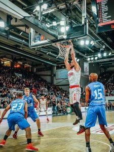 easyCredit BBL 17/18 - 12. Spieltag: Brose Bamberg vs. Science City Jena
