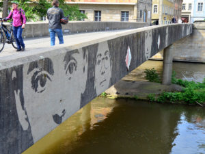 Kunst untere Bruecke