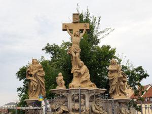 Kreuzigungsgruppe Restaurierung