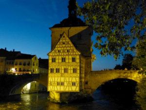 Altes Rathaus bei Nacht