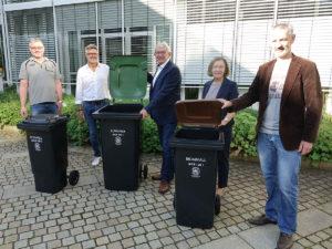 """Umweltzeichen """"Blauer Engel"""" auf Restmüll-, Bio- und Papiertonnen im Landkreis Bamberg"""