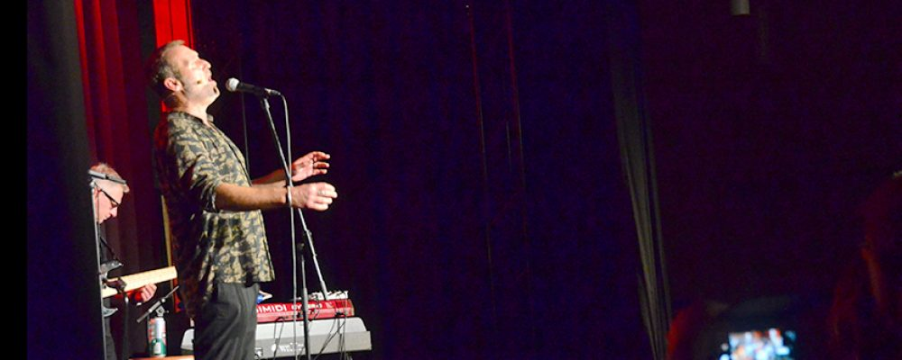 """Musikrevue """"Die Joe Cocker Story"""" begeistert die Besucher"""