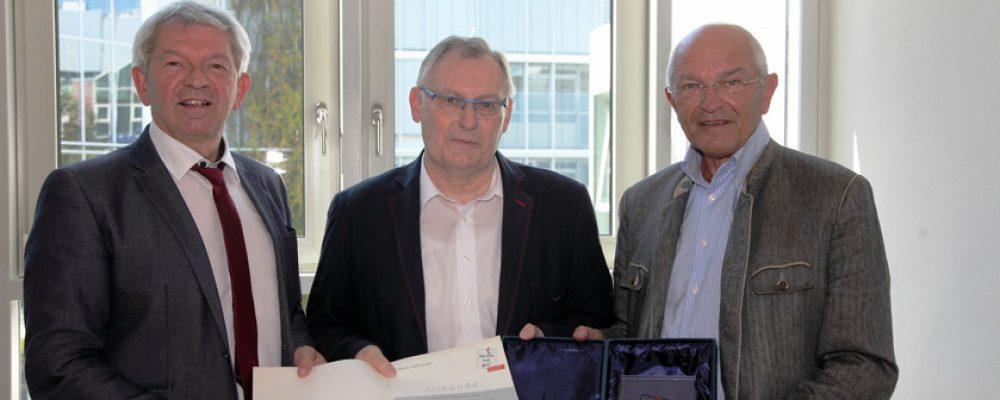 Kreisheimatpfleger Wolfgang Rössler erhält Anerkennungspreis