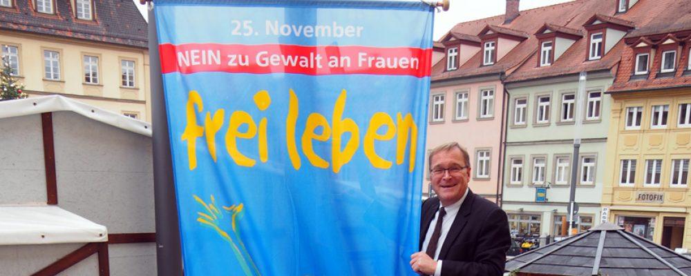 Bamberg zeigt Flagge gegen Gewalt an Frauen