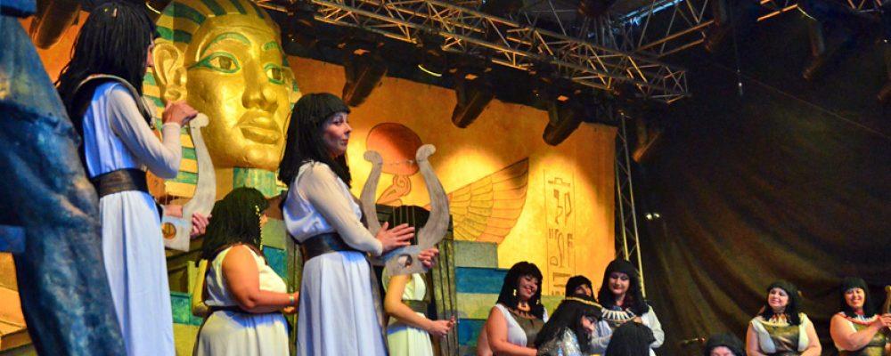 Vor der traumhaften Kulisse auf Schloss Eyrichshof fand am Montag die Aufführung von der Oper AIDA von Guiseppe Verdi statt