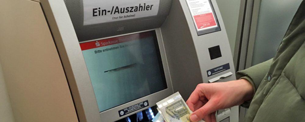 """""""Zukunftsorientierte Neuausrichtung"""": Umstrukturierung der Sparkasse"""