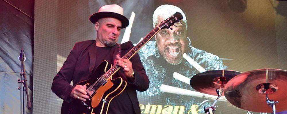 Das 12. Blues und Jazz Festival in der Innenstadt von Bamberg eröffnet.