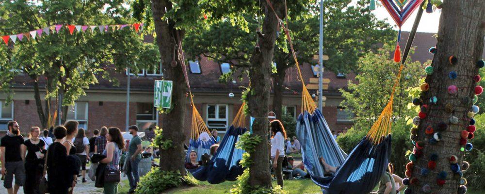 Kontakt-Festival beginnt auf Kasernengelände