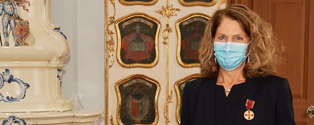 Dr. Birgit Dietz mit Verdienstmedaille ausgezeichnet