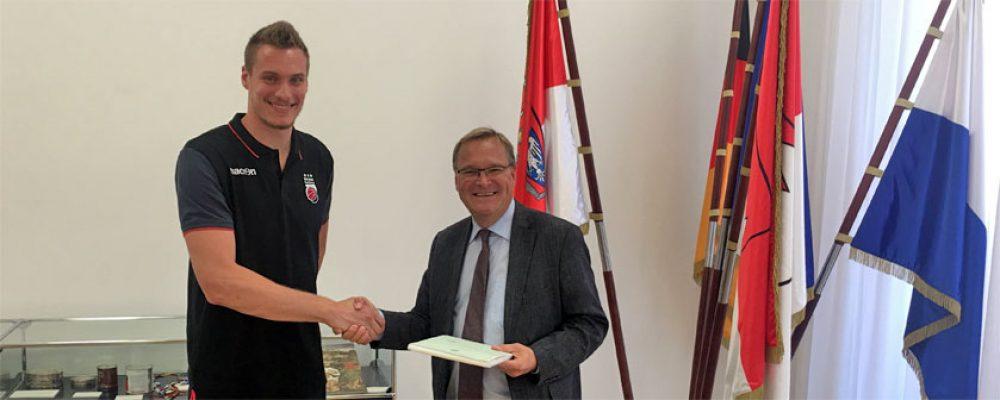 Leon Radosevic ist deutscher Staatsbürger