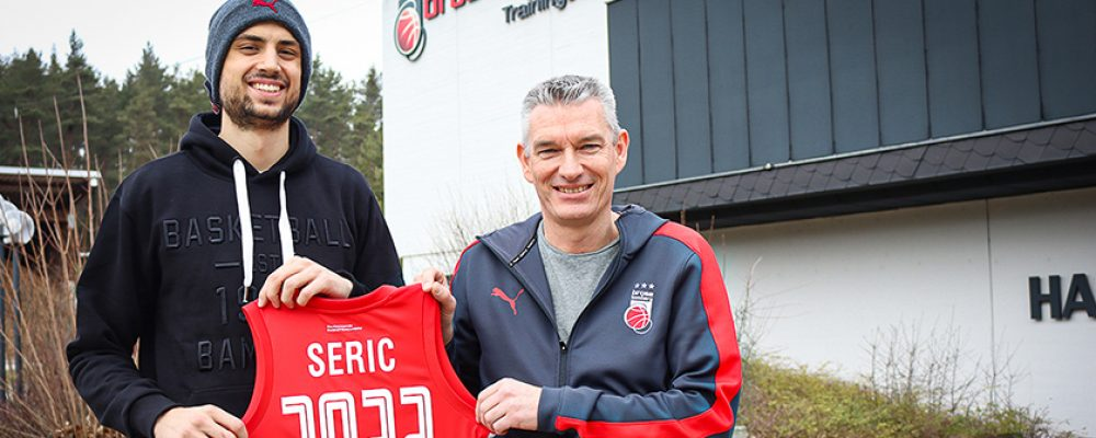 Fanliebling bleibt! Mateo Seric verlängert bei Brose Bamberg
