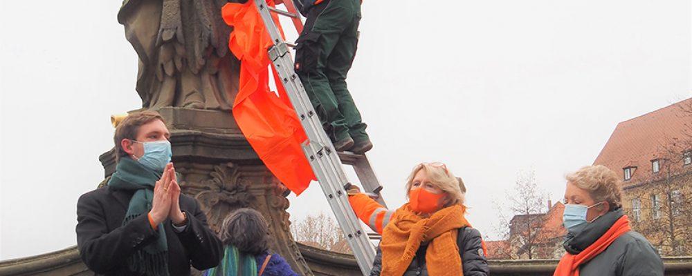 Kunigunde und Altenburg leuchten orange