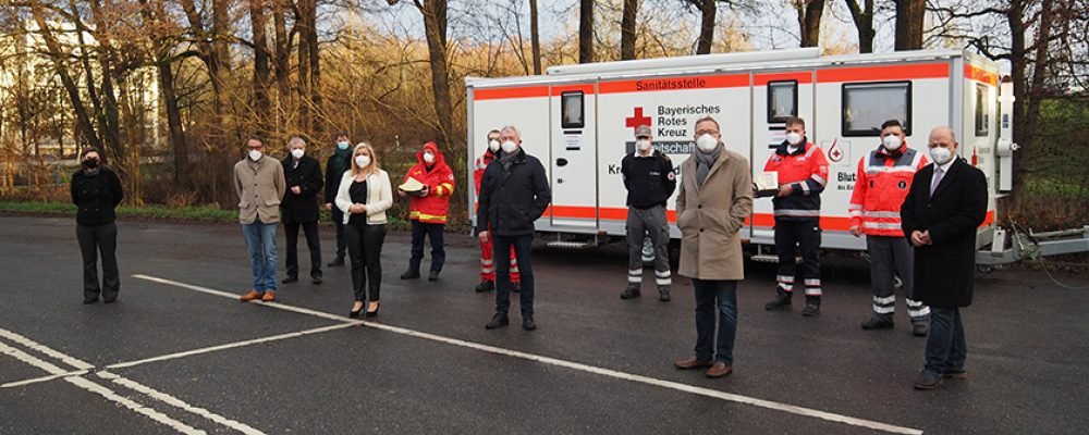 Staatsministerin Huml besuchte am 24. Dezember Schnelltestzentren in Stadt und Landkreis