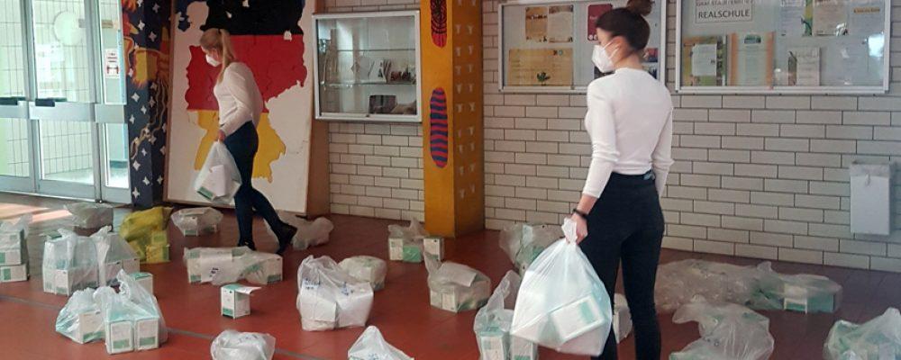 Lehrkräfte erhalten FFP2-Masken